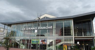 Façade_de_Le_Grand_Marché_Vichy